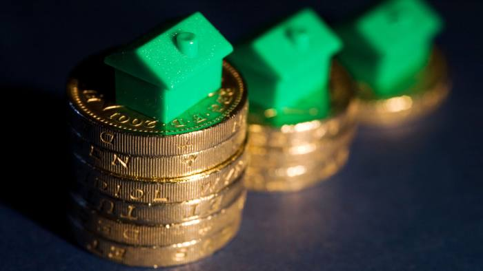 ANWWAK House prices falling in the UK