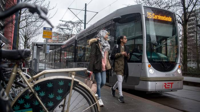 ROTTERDAM, NETHERLANDS - FEBRUARY 22: (Muslim) Women walk past a tram on February 22, 2017 in Rotterdam, Netherlands. The Dutch will vote in parliamentary elections on March 15 in a contest that, according to some polls, is currently led by far-right candidate Geert Wilders, the leader of the anti-Islam Party for Freedom (PVV). The Dutch election is the first of three prominent Eurozone elections with Germany heading to the polls on September 24 and the first round of the French presidential elections taking place on April 23. (Photo by Carl Court/Getty Images)