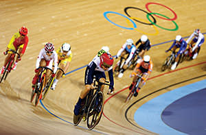 Laura Trott (front) of Great Britain in action during the Women's Omnium Track Cycling 20km Points Race on Day 10 of the London 2012 Olympic Games