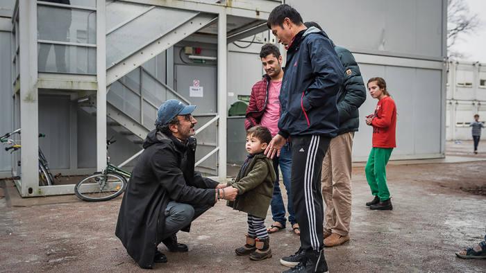 Hamdi Ulukaya meets refugees in Italy
