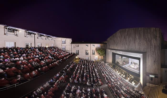 ARIADNE AUF NAXOS - ARIANE A NAXOS - Compositeur : Richard STRAUSS - Livret : Hugo VON HOFMANNSTHAL - Direction musicale : Marc ALBRECHT - Dramaturgie : Martin CRIMP - Mise en scene : Katie MITCHELL - Scenographie : Chloe LAMFORD - Costumes : Sarah BLENKINSOP - Lumieres : James FARNCOMBE - Le 16 07 2018 - Au Theatre de l Archeveche - Dans le cadre du Festival d Aix en Provence - Photo : Vincent PONTET