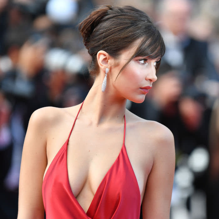 CANNES, FRANCE - MAY 18: US top model Bella Hadid arrives for the screening of the film 'La Fille Inconnue (The Unknown Girl)' during the 69th annual Cannes Film Festival in Cannes on May 18, 2016. (Photo by Mustafa Yalcin/Anadolu Agency/Getty Images)
