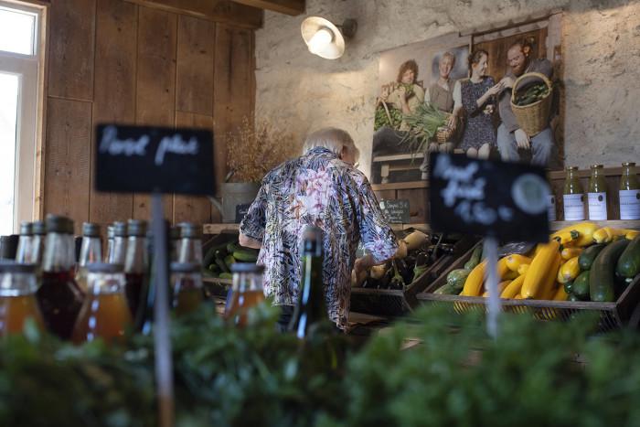 Organic shop of the vegetable garden of the Château de Courances