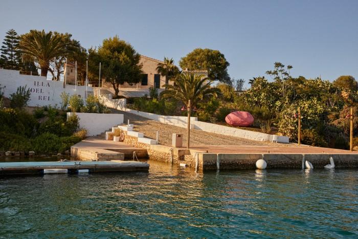 The dock at Isla Del Rey