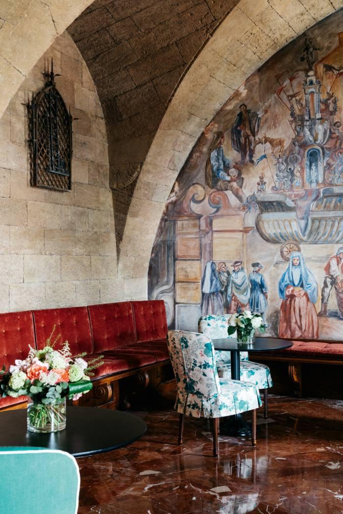 A 1950s fresco in the bar by Sicilian artist Eugenio Morici