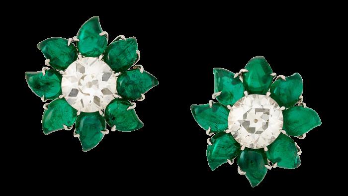 Golconda diamonds surrounded by Panjshir emerald petals
