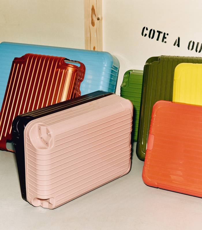 Colour testsfor Barber Osgerby's collaboration withRimowa