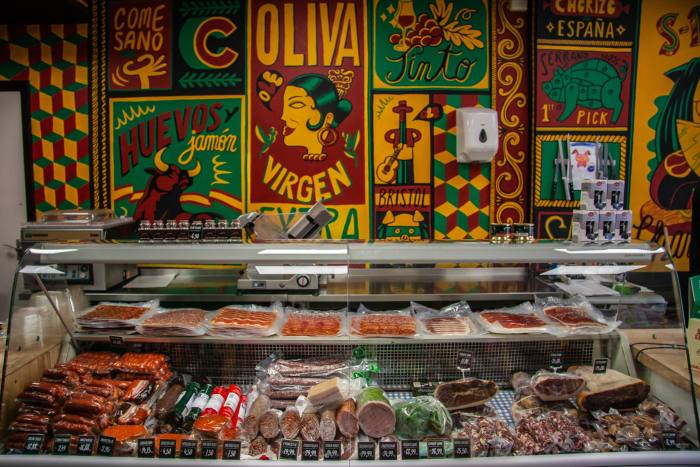 Croquettes, padrón peppers and cured meats at El Colmado