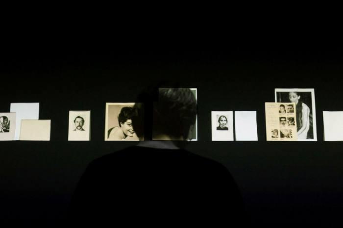 Installation view of 'El Coleccionista' (2014), a video work by Oscar Muñoz