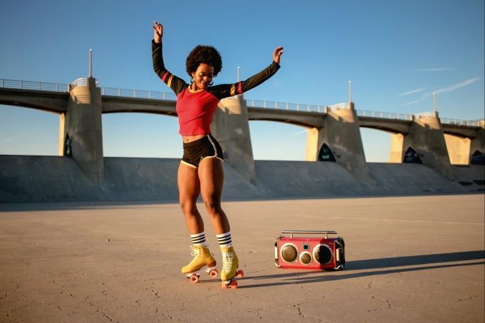 LA-based skater Kelsey Guy (@the_good_guy91)