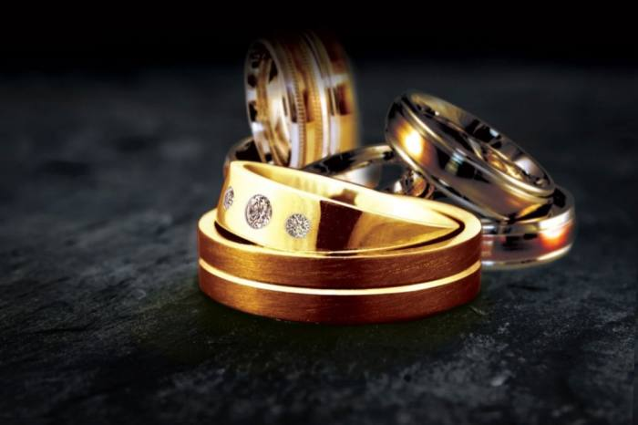 A ring made with Single Mine Origin gold