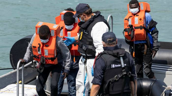 Young migrants arrive in Dover