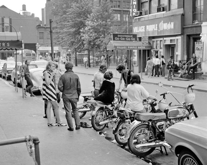 Greenwich Village, New York, in the 1960s, an example of the type of multifunctional  neighbourhood Jane Jacobs argued for in her book 'The Death and Life of Great American Cities'