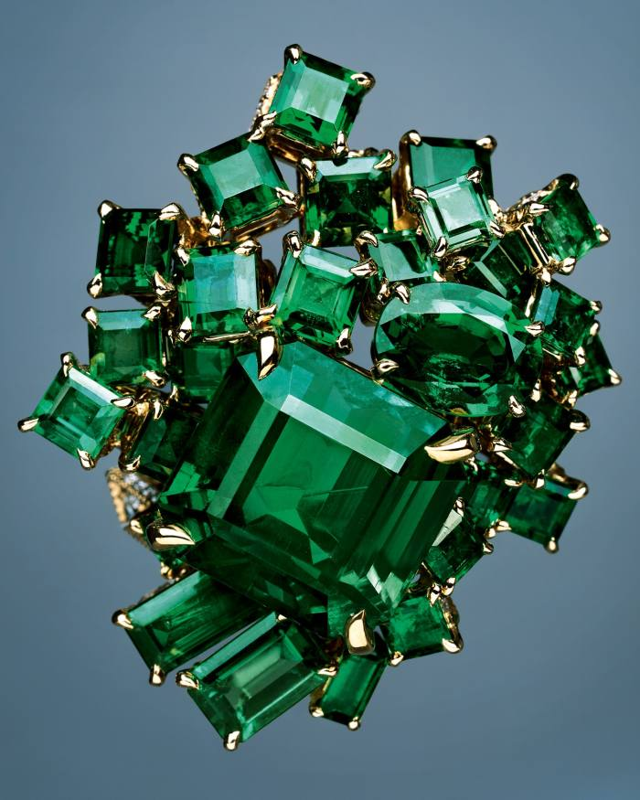 Gem Dior by Dior Joaillerie Vert Sinople emerald ring, POA